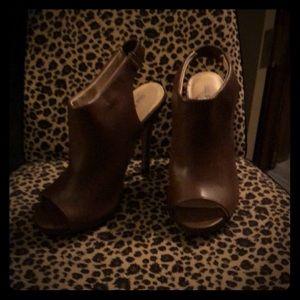 Brown stilello size 7 heels